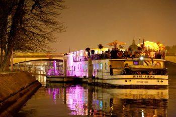 Demonia Cruise Boat River's King